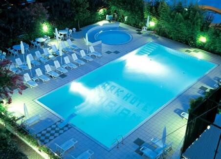 Park Hotel Miriam - Car park - park hotel miriam - 3 Stars Hotel - Gatteo Mare