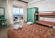 Hotel Tropic